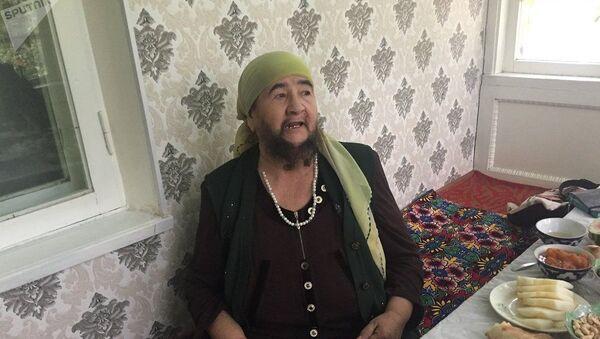 Мухтабар сказала, что гордится своей бородой, которая сделала ее знаменитой - Sputnik Таджикистан