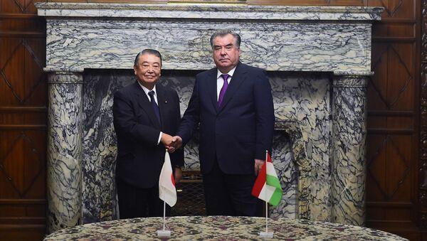 Встреча Рахмона с главой нижней палаты парламента Японии Тадамори Ошима  - Sputnik Тоҷикистон