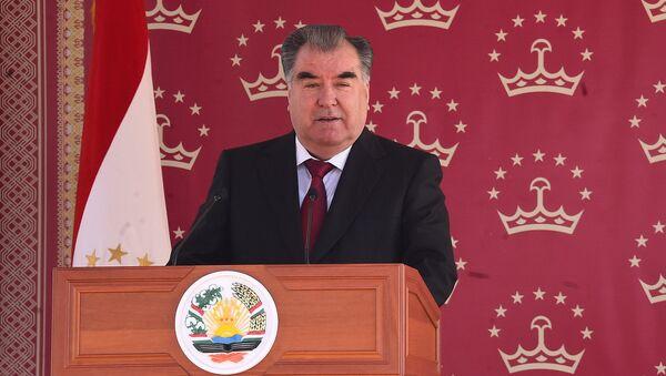 Президент Таджикистана Эмомали Рахмон - Sputnik Тоҷикистон