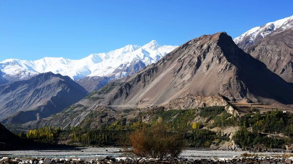Горы на границе Таджикистана и Афганистана - Sputnik Таджикистан