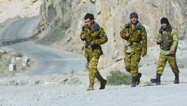 Пограничники на Таджикско-афганская границе - Sputnik Таджикистан