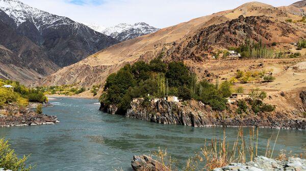Афганские кишлаки на Таджикско-афганской границе. - Sputnik Таджикистан