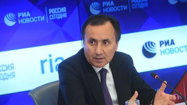 Чрезвычайный и Полномочный посол Таджикистана в России Имомуддин Сатторов - Sputnik Таджикистан
