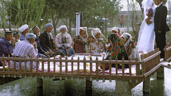 Узбекская свадьба, архивное фото - Sputnik Тоҷикистон