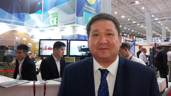 Пресс-секретарь Министерства оборонной и аэрокосмической промышленности Казахстана Асет Нуркенов  - Sputnik Таджикистан