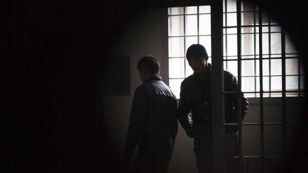 Заключенные в исправительной колонии, архивное фото - Sputnik Тоҷикистон