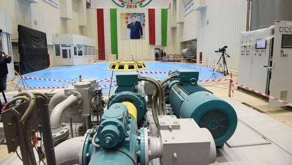 Помещение на территории Рогунской ГЭС перед открытием - Sputnik Тоҷикистон