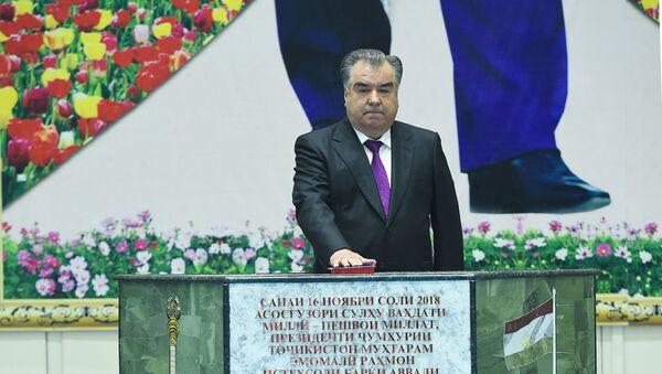 Президент Таджикистана Эмомали Рахмон запустил работу первого агрегата Рогунской ГЭС - Sputnik Тоҷикистон