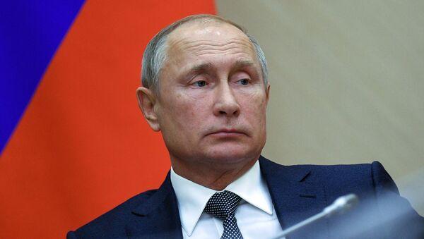 Президент РФ Владимир Путин, архивное фото - Sputnik Таджикистан