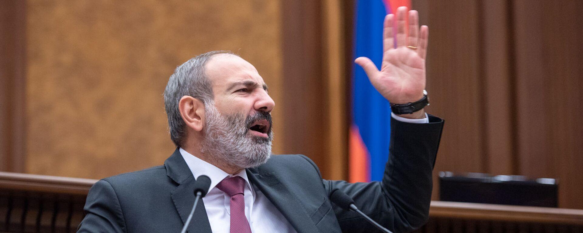 Исполняющий обязанности премьер-министра Армении Никол Пашинян, архивное фото - Sputnik Таджикистан, 1920, 27.12.2020