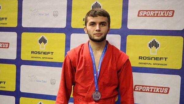 Самбист Навбахоров выиграл серебро Кубка мира - Sputnik Таджикистан