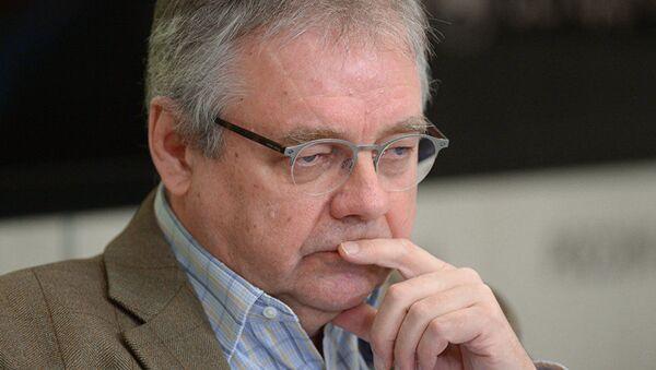 Российский журналист и медиаэксперт Владимир Мамонтов  - Sputnik Таджикистан