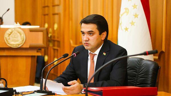 Рустам Эмомали на заседании народных депутатов Маджлиса в Душанбе - Sputnik Таджикистан