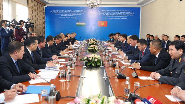 Кыргызстан и Узбекистан, архивное фото - Sputnik Таджикистан