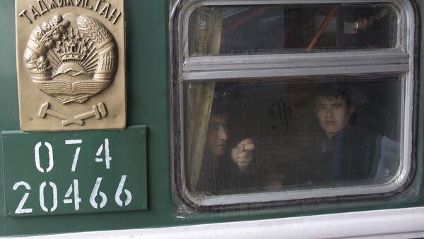 Поезд из Средней Азии, архивное фото - Sputnik Тоҷикистон