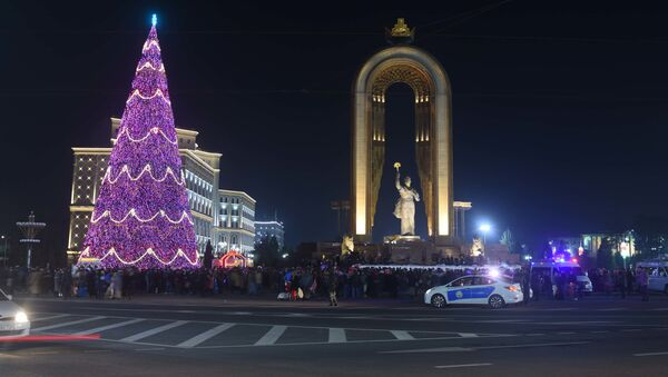 Новогодний Душанбе - Sputnik Тоҷикистон