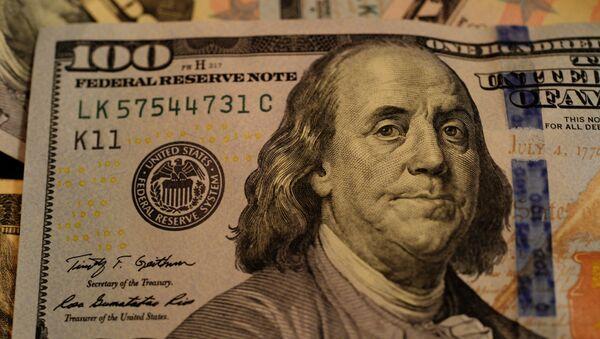 Портрет Бенджамина Франклина на стодолларовой купюре, архивное фото - Sputnik Таджикистан