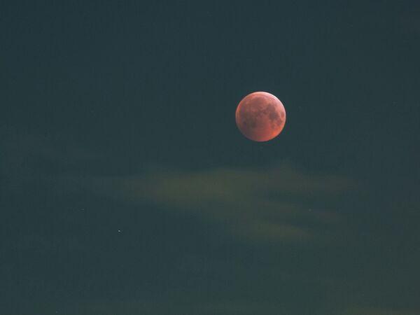 Лунное затмение в Карелии - Sputnik Таджикистан