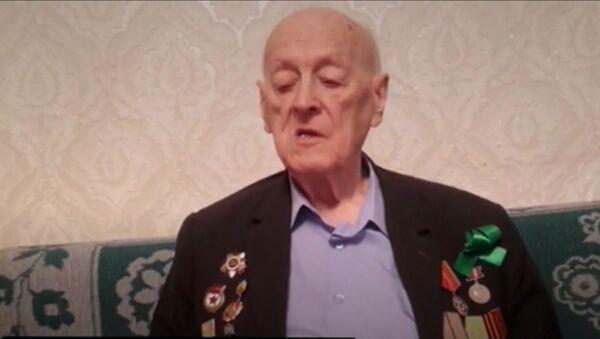 Ветеран ВОВ Олег Соболев, архивное фото - Sputnik Таджикистан