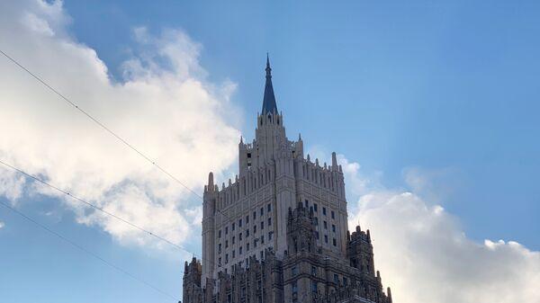 Здание Министерства иностранных дел РФ в Москве - Sputnik Таджикистан