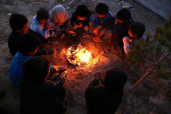 Беженцы из провинции Газни в Афганистане - Sputnik Таджикистан