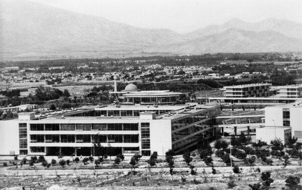 Здание Политехнического института. Демократическая республика Афганистан  - Sputnik Таджикистан