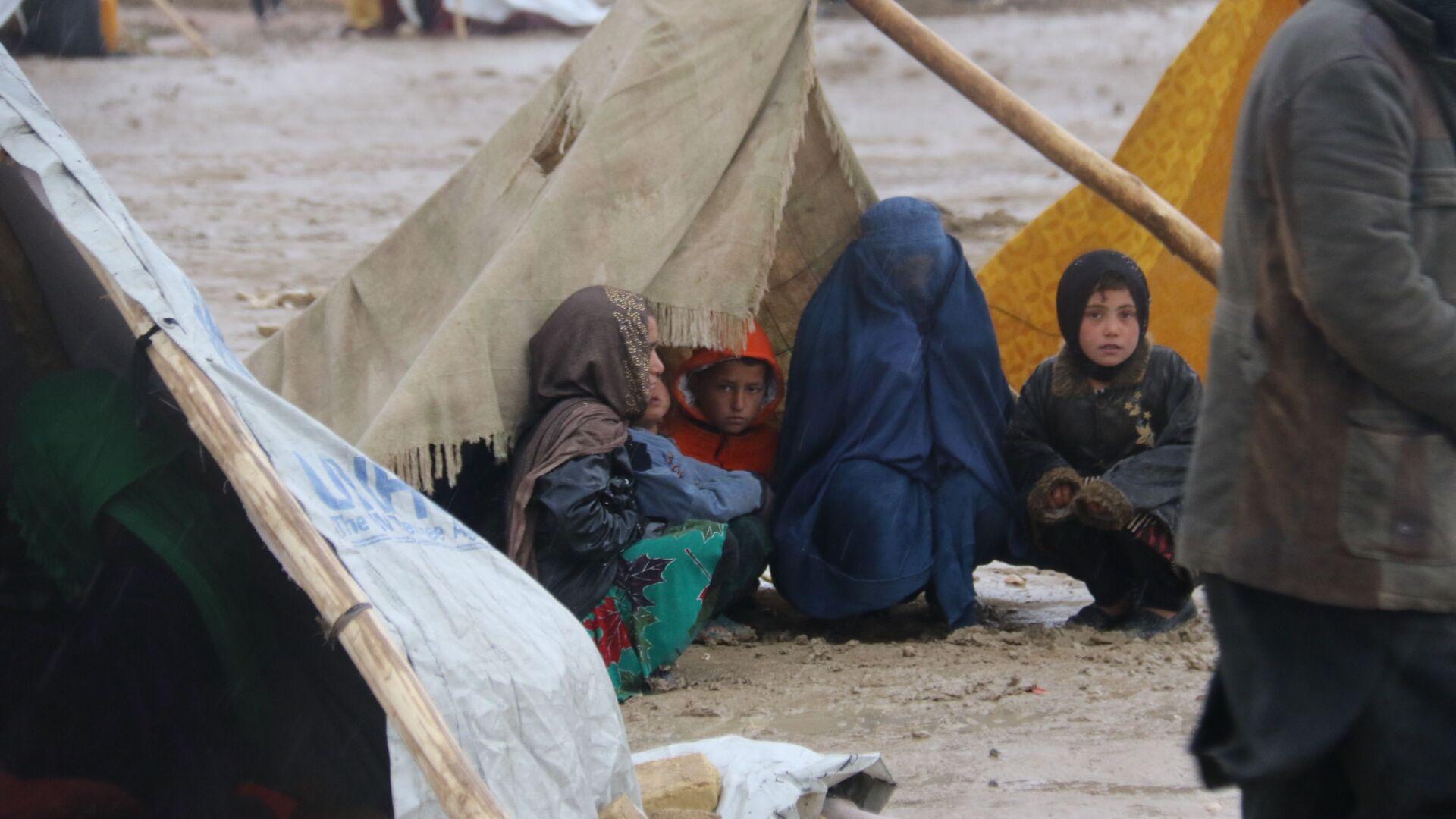 Уровень бедности в Афганистане составляет в среднем 35,8% - Sputnik Тоҷикистон, 1920, 08.09.2021