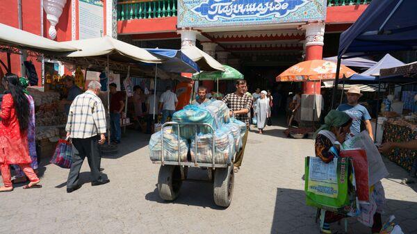 На рынке Панчшанбе, архивное фото - Sputnik Тоҷикистон
