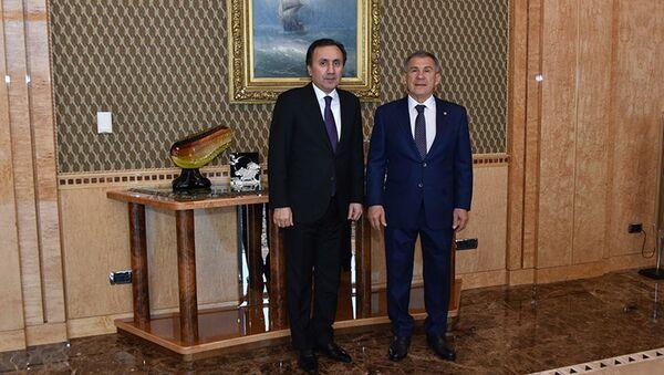 Встреча посла Таджикистана в РФ Имомуддина Сатторова с президентом Татарстана Рустамом Миннихановым - Sputnik Тоҷикистон