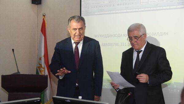 Министр образования Таджикистана Нуриддин Саидов, архивное фото - Sputnik Таджикистан