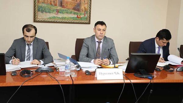 Первый зампред Нацбанка встретился с делегацией ЕБРР и обсудили вопросы развития экономики страны - Sputnik Тоҷикистон
