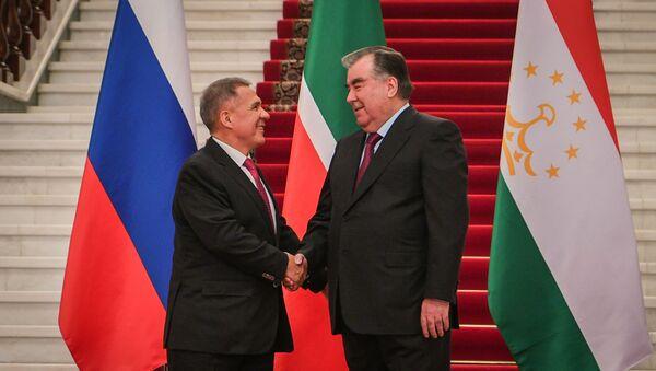 Президент Татарстана Рустам Минниханов и президент Таджикистана Эмомали Рахмон - Sputnik Таджикистан