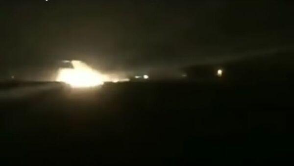 Очевидцы сняли горящий самолет с пассажирами на борту - Sputnik Тоҷикистон
