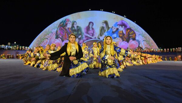 Концерт на Навруз в Наврузгохе в Душанбе - Sputnik Таджикистан