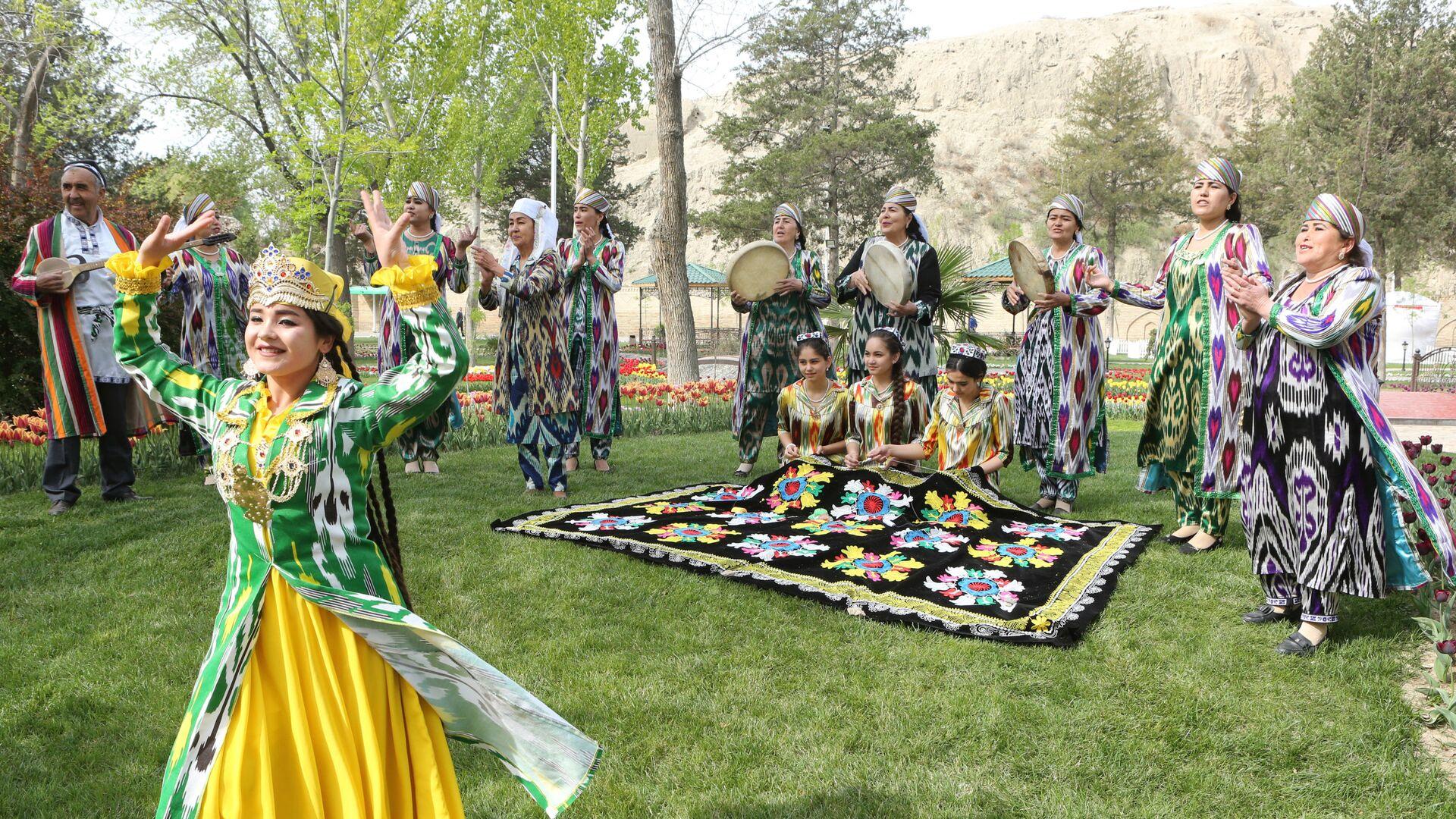 Праздничный концерт в Худжанде - Sputnik Таджикистан, 1920, 06.09.2021