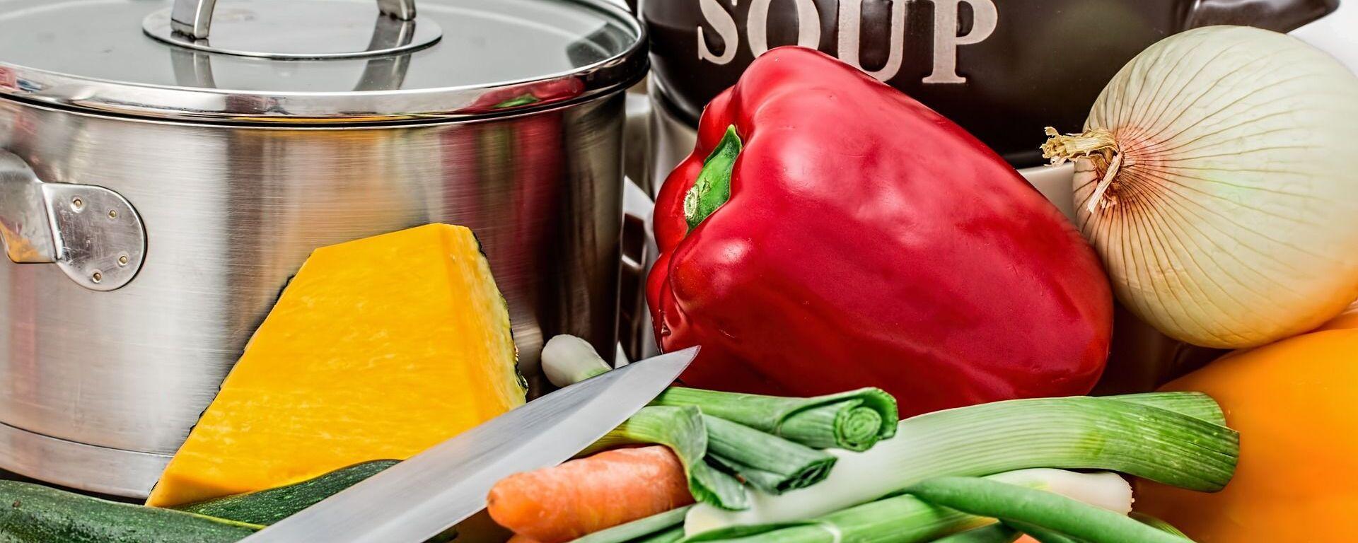 Ингредиенты для приготовления супа - Sputnik Таджикистан, 1920, 05.04.2019