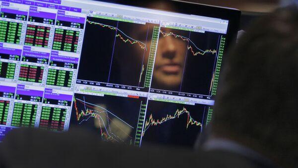 График на бирже, архивное фото - Sputnik Таджикистан