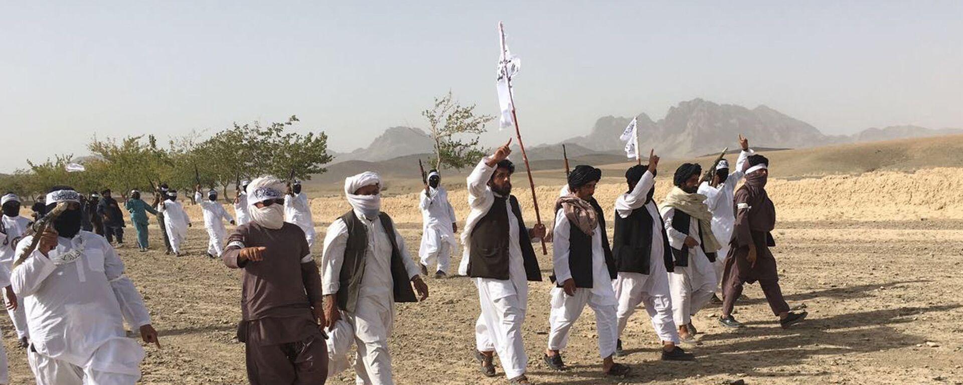 Члены террористического движения Талибан в Афганистане - Sputnik Тоҷикистон, 1920, 21.07.2021