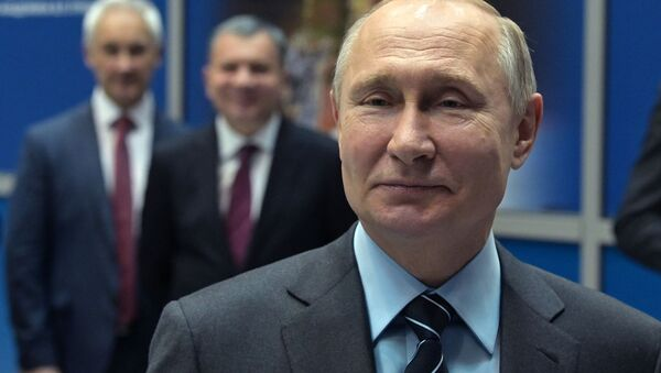Президент РФ В. Путин посетил НПО Энергомаш - Sputnik Тоҷикистон