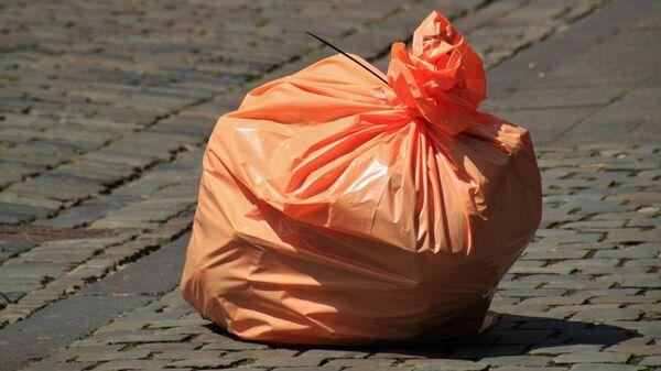Пластиковый пакет на улице - Sputnik Тоҷикистон