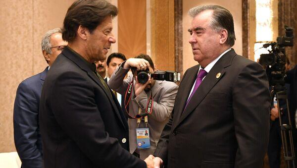 Рахмон встретился с премьер министром Пакистана Имраном Ханом - Sputnik Таджикистан