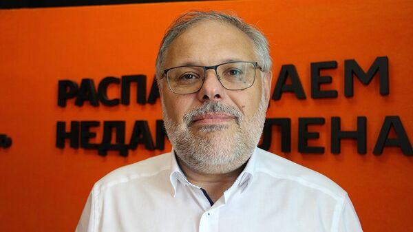 Экономический эксперт, публицист Михаил Хазин  - Sputnik Таджикистан
