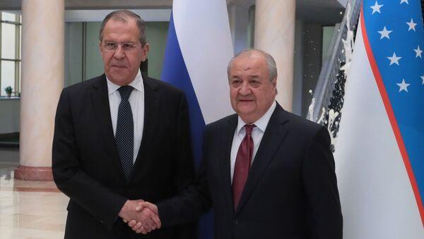 Министр иностранных дел РФ Сергей Лавров и министр иностранных дел Узбекистана Абдулазиз Камилов - Sputnik Таджикистан