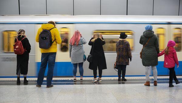 Московский метрополитен, архивное фото - Sputnik Таджикистан