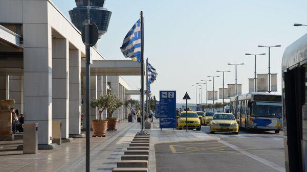 Международный аэропорт в Афинах  - Sputnik Тоҷикистон