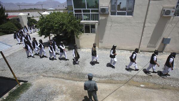 Афганские заключенные готовятся к освобождению из тюрьмы  - Sputnik Тоҷикистон