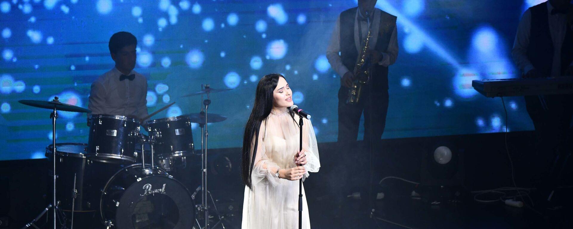 В Душанбе прошел концерт в честь Дня молодёжи - Sputnik Таджикистан, 1920, 11.09.2020