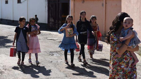 Дети во время праздника Ид аль-Фитр - Sputnik Таджикистан