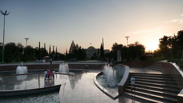 Город Душанбе на закате - Sputnik Таджикистан