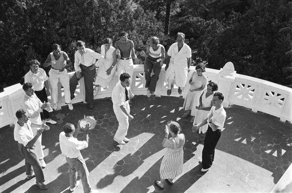 Санаторий Курпаты. Ялта, Крым. 1950 год - Sputnik Таджикистан
